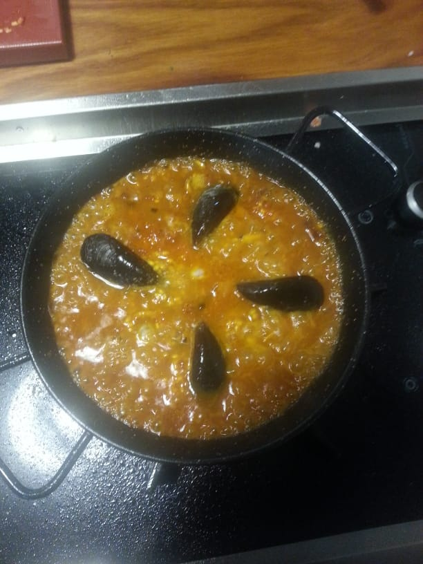 paella mussels